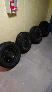 4 pneu hiver 205/65r15
