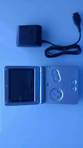 GAME BOY ADVANCE SP + CHARGER