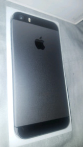 IPHONE 5s locked bell. 16GB like new