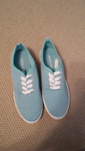 Turquoise brand new Ardene shoes