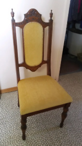 Dining room chairs $40 each