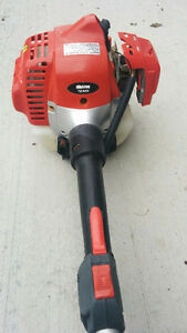 Shindaiwa commercial trimmer- works and starts fine.
