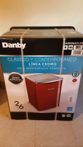 Danby 2.6 Compact Refrigerator