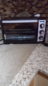 Toster oven black and decar