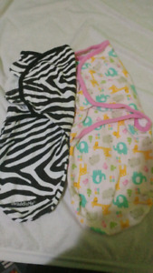2 swaddle me's