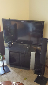 "Sony 40"" Tv With 5 Piece Speaker (Used). Includes More!!!"