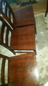 Reduced/Table and chairs Windsor Region Ontario image 3