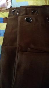 Rideau brun chocolat  (2 panneaux de 8')