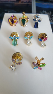 8 piece assorted lapel pins
