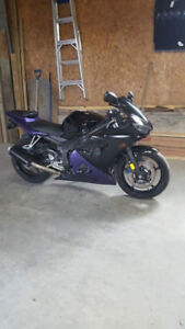 Yamaha R6 for Sale - Excellent condition