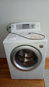 LG TROMM Front Load WASHER/LAVEUSE à Chargement Frontal