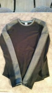 Ivivva black and grey long sleeve top
