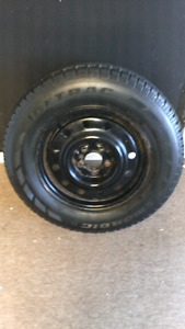LIKE BRAND NEW SNOW TIRES 215/65/R15
