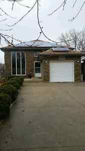 3 BDRM 2 BATH HOUSE IN EAST WINDSOR STEPS FROM SANDPOINT BEACH