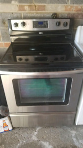 Appliances. Range stove/oven and washer