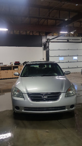 2003 Nissan Altima Sedan fully loaded