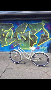 Linus white cruiser bike
