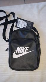 Nike man small bag