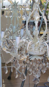 6-Light Candle Style Chandelier in White, NATURAL GLASS BEADS