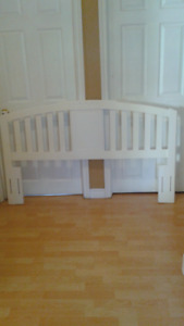 for Sale inBathurst HEADBOARD  for Queen and Double (ONLY 35$)