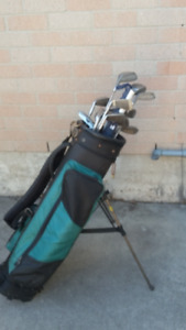 Golf Clubs with bag and umbrella
