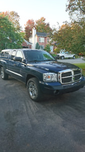 2007 Dodge Dakota SLT 4.7L Camionnette