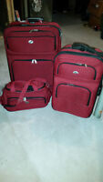 American Tourister 3 piece luggage set $180.00