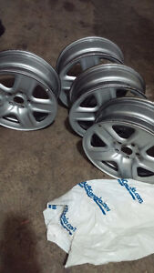 4 Excellent condition 17 inch Grey Steel Rims from 2012 RAV4