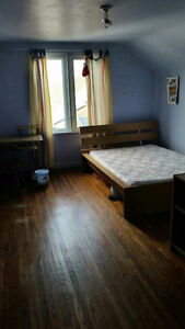 A large room available now, QEW and Lake St
