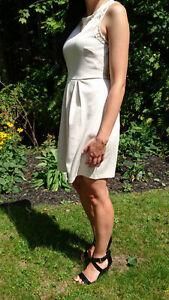 Robe d'été crème - NEUVE avec étiquettes (marque Forever XXI)