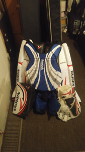 """Street Hockey Goalie Gear Set: 34"""" Pads, Left Catch"""