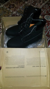 Never Worn Outside Black Timberlands Size 12 for Sale