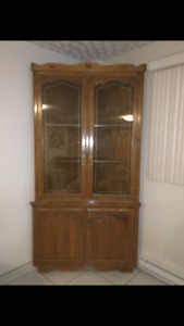 Solid wood Buffet and Hutch in mint condition.