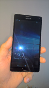 Microsoft Lumia 950 XL Windows Mobile Phone Excellent Condition