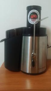 BIG BOSS  Juicer/Juice Maker -  NEW