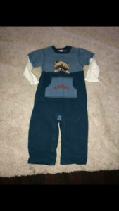 Gymboree boys sz 2t fall/winter clothing