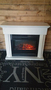"Muskoka Clairemont White Fireplace with 28"" Electric Insert"