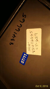 Whirlpool laundry Pedestal for Washer or Dryer Kitchener / Waterloo Kitchener Area image 3