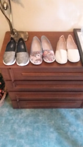 3 pairs women's air balance loafers size 8.5