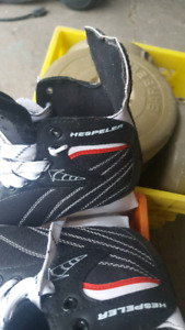 Brand new 1 year old ice skates size 8 men's