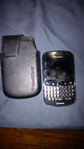 Blackberry Bold 9900 (Locked to Rogers)