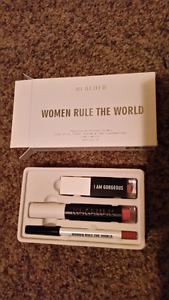 New in box natural The real her charity lip kit in ladylove