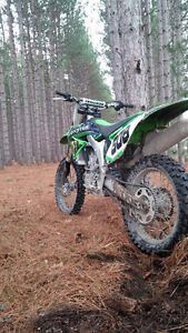Clean bike with low hours