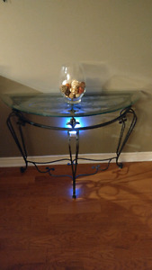 Hall entry table and match mirror
