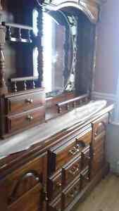 Set de chambre antique Saint-Hyacinthe Québec image 1
