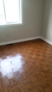 Rooms  for rent in whitby downtown