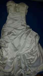 Wedding dress size 10 need dry cleaning