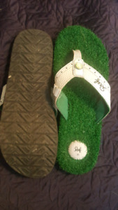 Men's Reef sandals, size 10