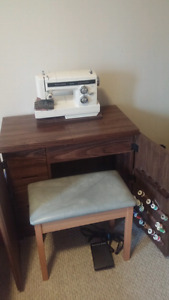 Vintage 1980's Singer Sewing machine, table and bench