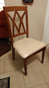 Dinner Table with 6 chairs, good conditions from Leons Kitchener / Waterloo Kitchener Area image 3